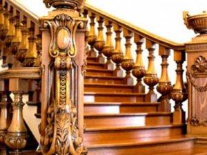 Резные лестницы из дерева.